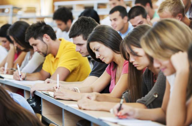 How Apple Watch Can Help Students Remain Fit and Perform Well in Class?